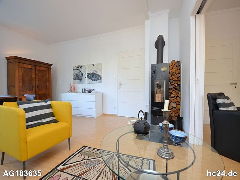 Wunderschön möblierte Wohnung mit Garten in Stuttgart Degerloch
